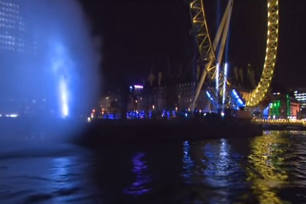 Dr Manhattan water projection on the River Thames
