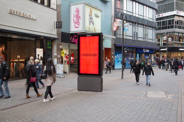 #mycalvins JCDecaux OneWorld campaign, 1 day rollout